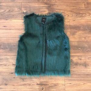 ✨NWOT Forever 21 Teal Fur Vest Sz S